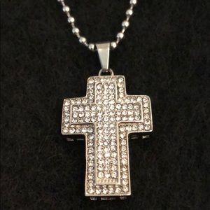 Jewelry - RHINESTONE CROSS IN SILVER